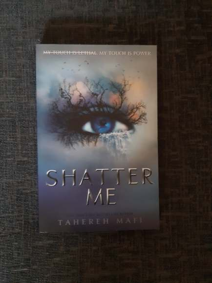 Series Read in 2019 Shatter Me